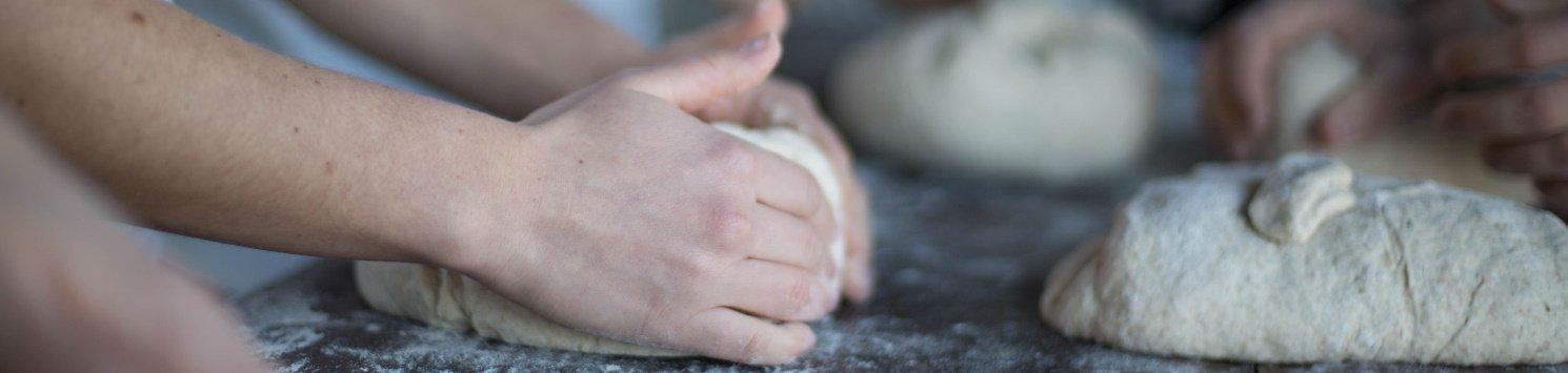Impara a fare il pane sano di grani antichi